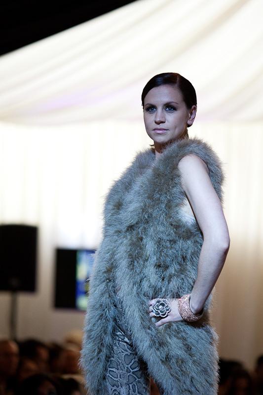 ShootDHS model Lisa wears faux fur on the catwalk