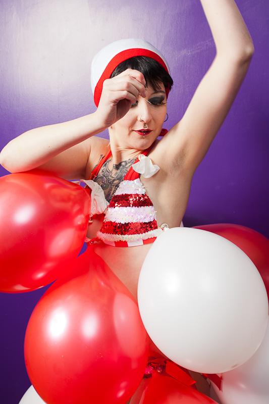 Burlesque promo act